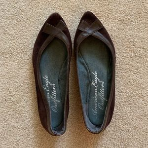 American Eagle brown flats
